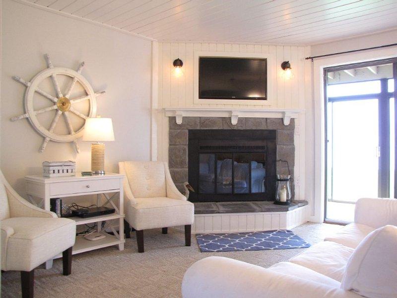Pottery Barn Inspired 2 Bed Beach Villa, alquiler de vacaciones en Isle
