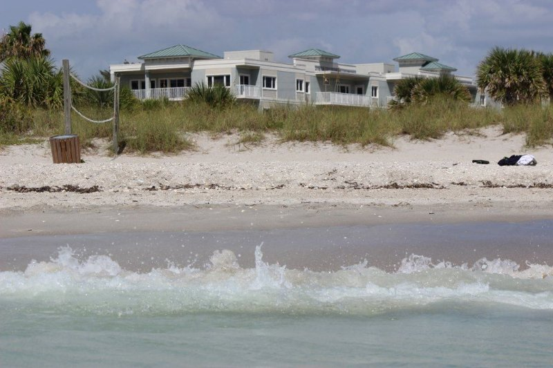 Luxury Condo with Gulf View In Manasota Key, Florida., vacation rental in Englewood