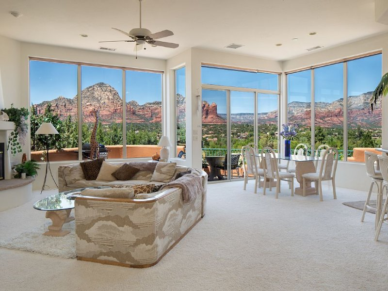*5 Star Luxury Villa with Panoramic Red Rock Views*, vacation rental in Sedona