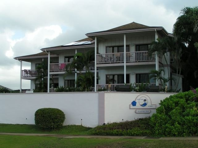Alihi Lani #3 is on the first floor, far right unit, closest to the ocean