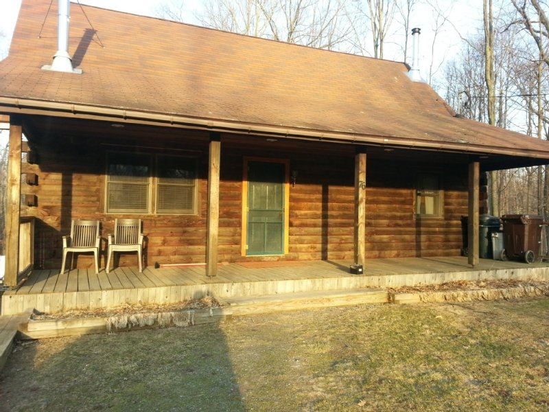 Spacious Log Cabin Located Between The Famous Salmon And Oswego Rivers, holiday rental in Orwell