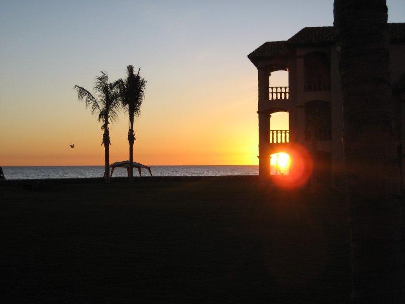 Mmmm....on the Beach at Beautiful Bahia Delfin..., casa vacanza a San Carlos