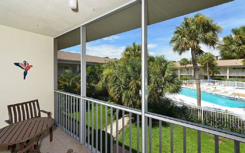 Ultimate getaway. Great Location. Lido Beach and St Armands Circle, holiday rental in Lido Key