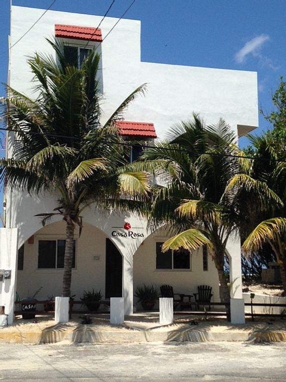 front entrance to Casa Rosa