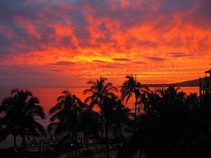 Villa La Estancia - Just Remodeled - 2BR Beachfront Luxury Condo, vacation rental in Nuevo Vallarta
