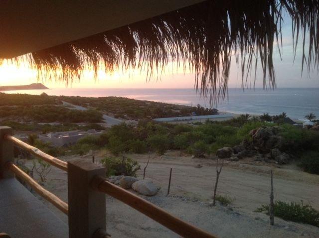 New Ocean View Studio walk to beach – semesterbostad i San Jose Del Cabo