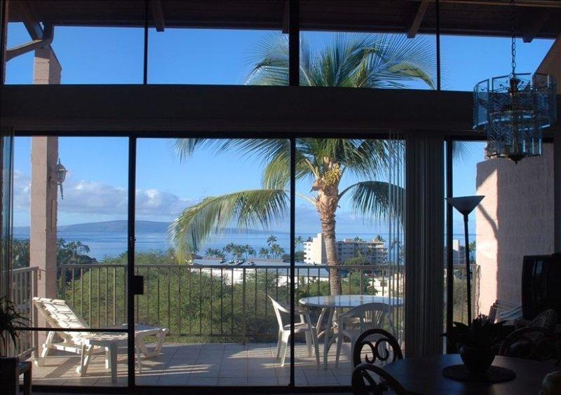 Spacious 3BR/2BA Ocean and Mountain Views, Great Location!, location de vacances à Kula