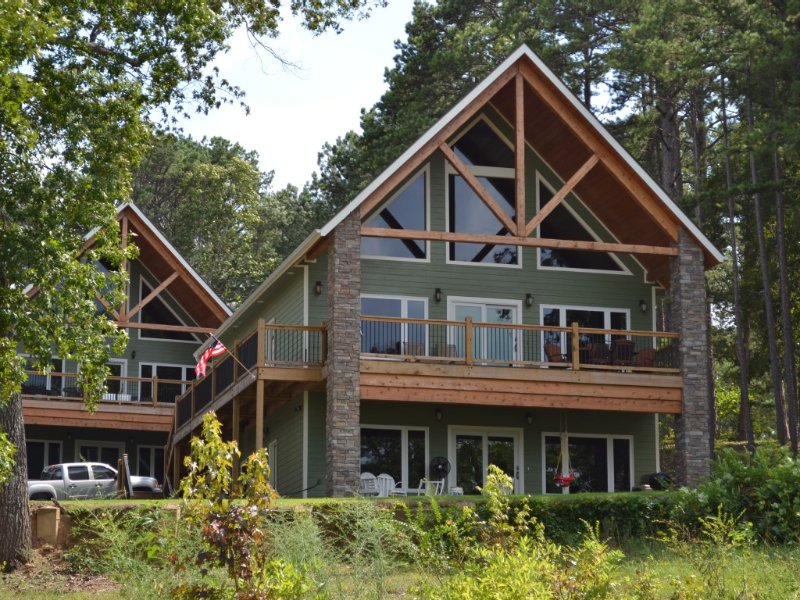 New Lakefront Cabin with Boat Slip - Magnificent, Unobstructed View!, holiday rental in Shirley