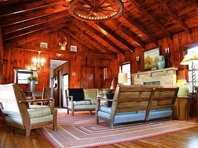 Secluded Western Ranch House on 4 Acres Near Bandera, holiday rental in Pipe Creek
