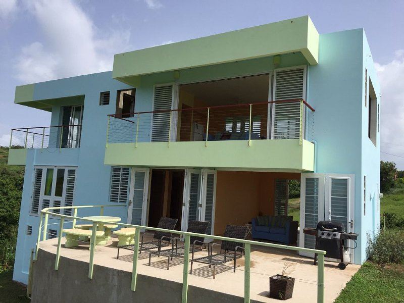 ' Casa de Falcon '  On A Breezy Hill With Spectacular Views Of The Ocean, vacation rental in Fraile