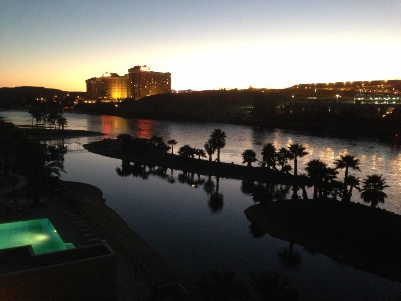 Penthouse Luxury/Forever Views Colorado River, holiday rental in Bullhead City