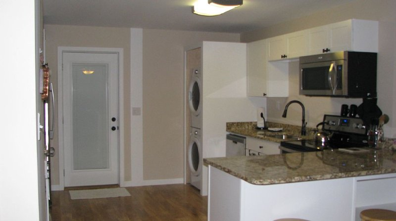 Feel Right At Home In This Spacious Retreat, holiday rental in Brevard