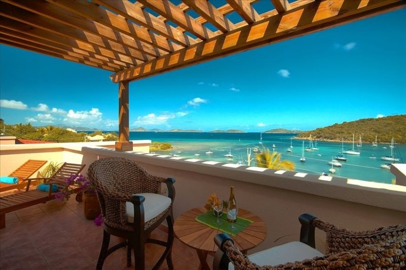 Discounts on new bookings June to October 2020 bookings!  Ask us about it!, holiday rental in Cruz Bay