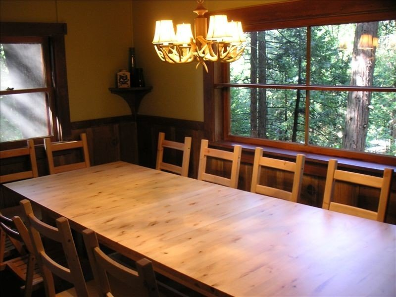 Pondering Pines Cabin/Quiet/Surrounded by NON vacation rentals/Lake Membership, holiday rental in Mi Wuk Village