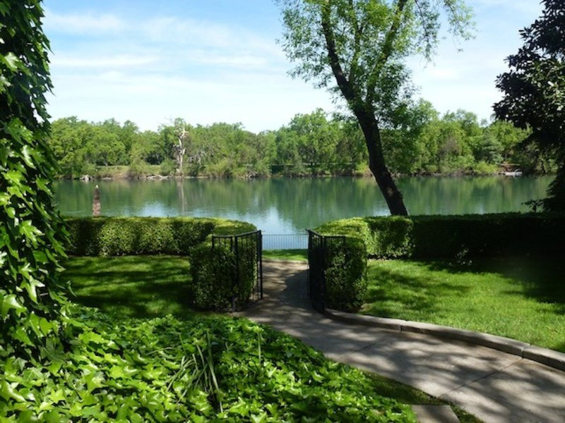 Fish on the Sacramento River!, holiday rental in Cottonwood