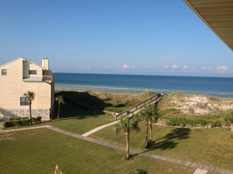Dune Rise - Great family beach home 100 yards off the beach and close to pool, holiday rental in Port Saint Joe