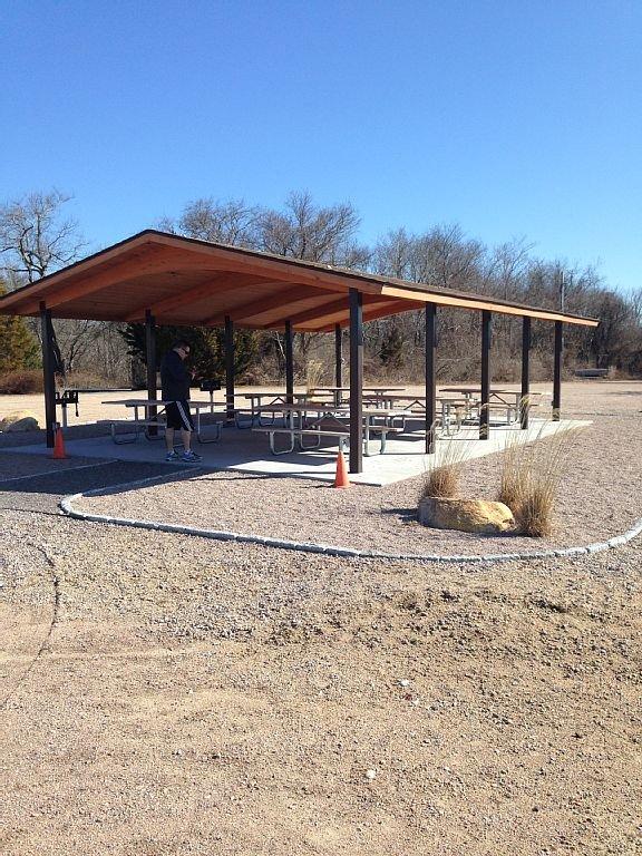 Pavillon de pique-nique de la plage de Green Hill Pond. Nouveau 2015. Parking gratuit.