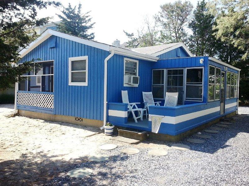 Casa unifamiliar actualizada. Tamaño pequeño + precio pequeño = ¡ENORME atractivo!
