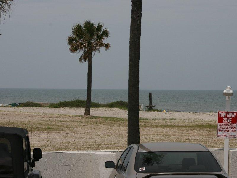 Studio Condotel With Great View Of The Beach, alquiler de vacaciones en Daytona Beach