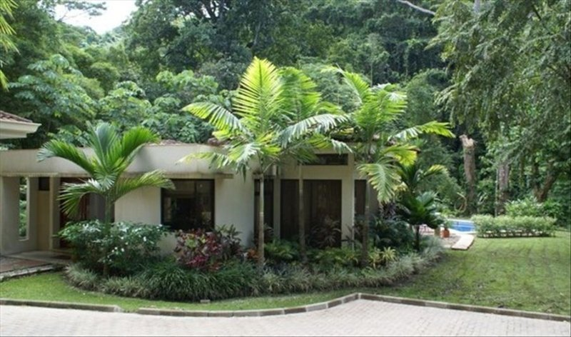 Casa Maganda is nestled on the edge of the primary rainforest.