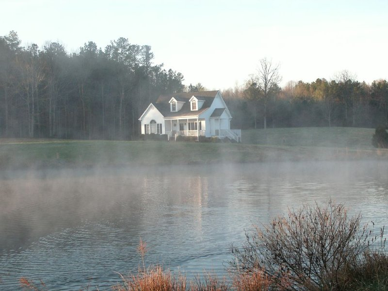 Vacation at a Small Working Farm, vacation rental in Oxford
