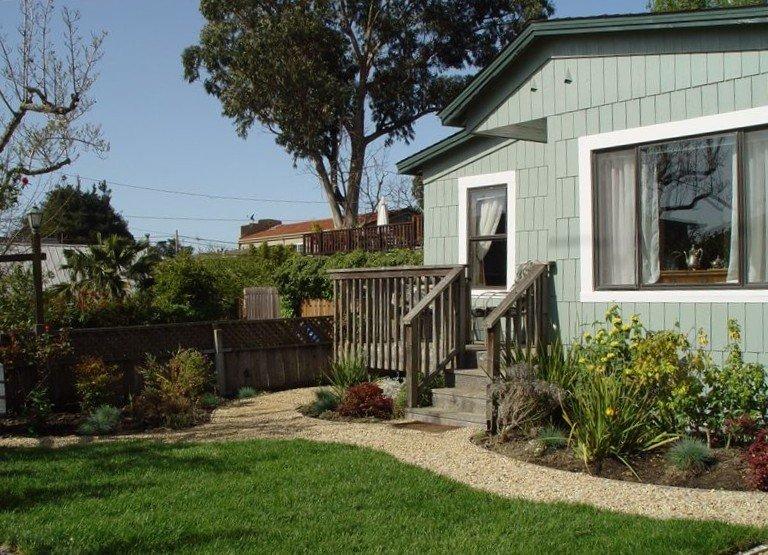 Your retreat in Santa Cruz at 547 14th Avenue