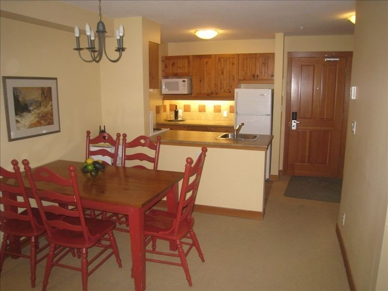 1BR+pullout Pano Springs Bldg(the BIG hotpools!) UpperVillage TRUE Ski In/SkiOut, location de vacances à Panorama