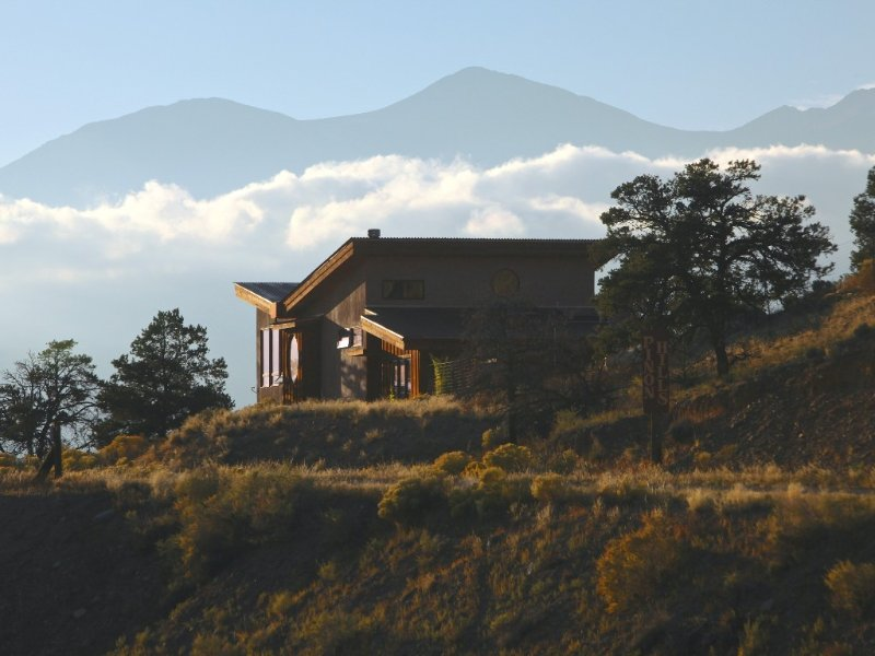 Style, Comfort and a Huge View (close to everything!), vacation rental in Salida