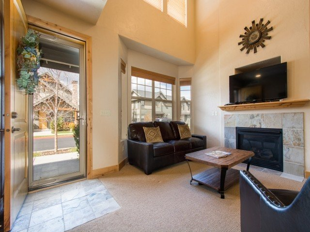 Luxury Townhome Close by 3 World Class Ski Resorts – semesterbostad i Park City