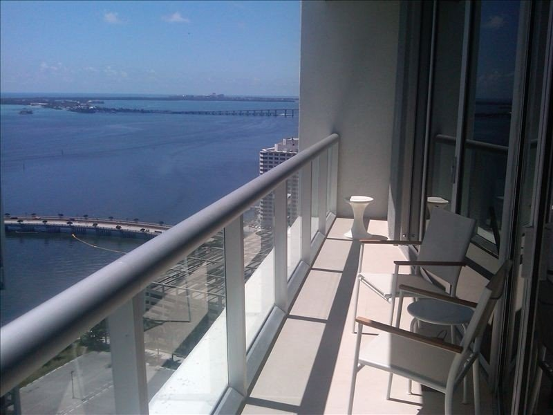 Luxury 1BR King at Icon Brickell (the Residences at the W Hotel) Water Views!, vacation rental in Miami