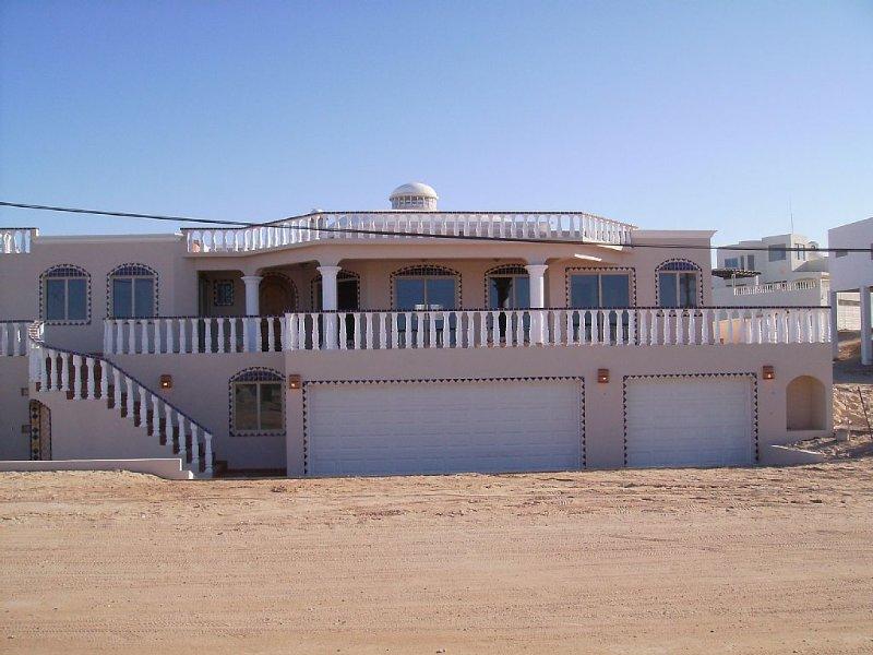 Beautiful Ocean View Home. 5 Bedroom / 5.5 Bath, location de vacances à Puerto Penasco
