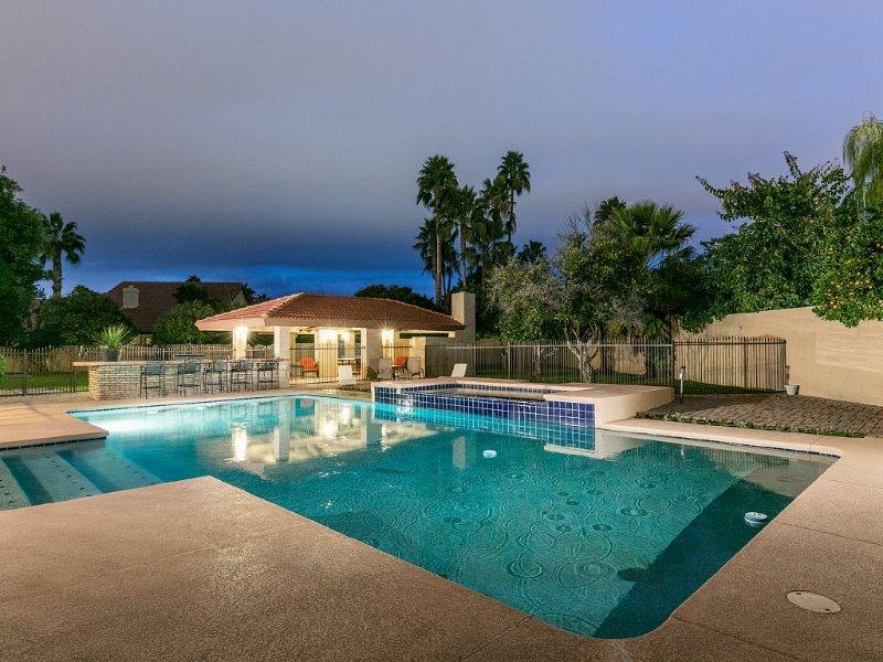 INCREDIBLE LUXURY ESTATE, SLEEPS 20, PERFECT FOR LARGE FAMILIES!!!, location de vacances à Mesa