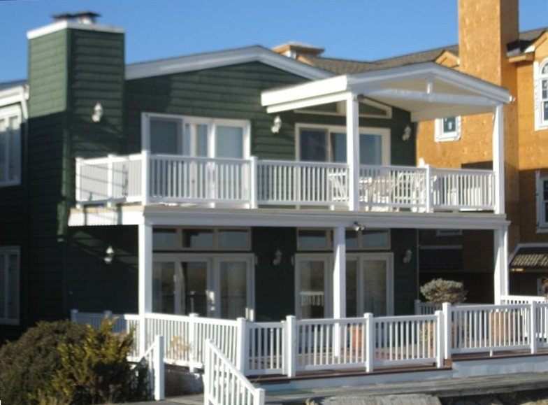 Amazing 2nd Story Beach Front Home with Panoramic Ocean Views, aluguéis de temporada em Ocean City