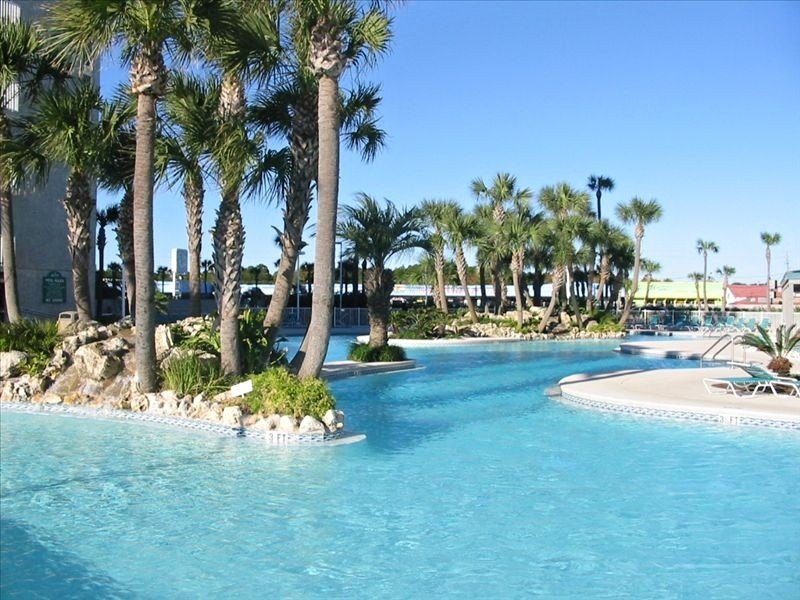 *Low Floor*Beachfront*Beautiful 5 Star 1/1 Unit*Lagoon Pool*Last Minute 3/10-19*, alquiler de vacaciones en Panama City Beach