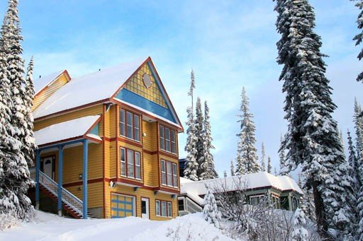 The 'Great Escape' Ultimate Ski-in-ski-out Winter Holiday and Summer Retreat, vakantiewoning in Vernon