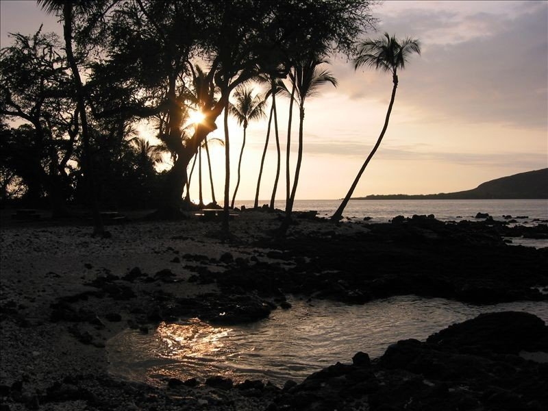 Spacious Kealakekua Bay home,  4 bedrooms; Airy with lots of Light..., holiday rental in Honaunau