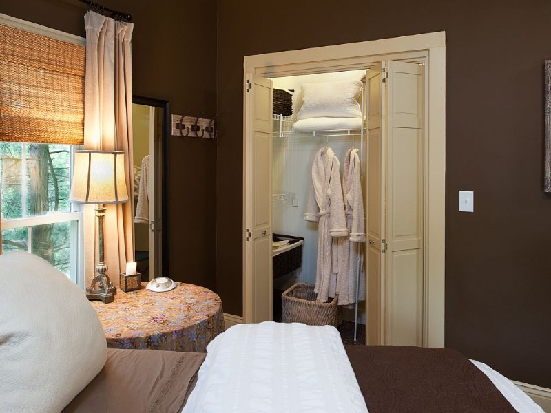 2 robs provided in each bedroom for guests.