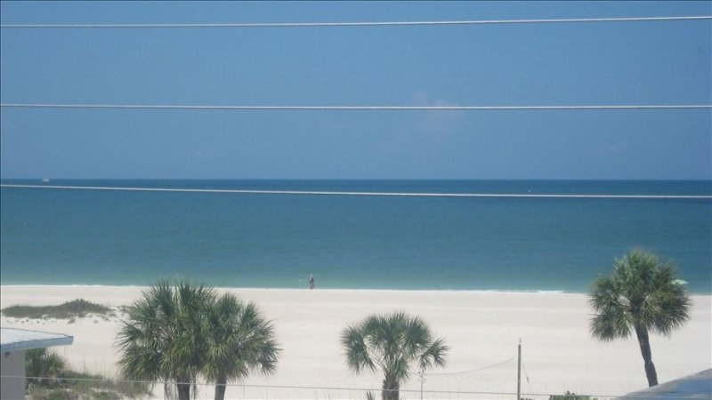 The view of the beach is 10 times the size of this picture from my balcony. ?