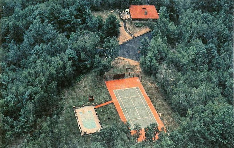 Private Home On 100 Wooded Acres Only 15 Minutes From Saratoga And Lake George, holiday rental in Hadley