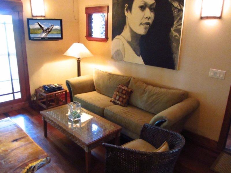 2nd Living area with Flatscreen TV