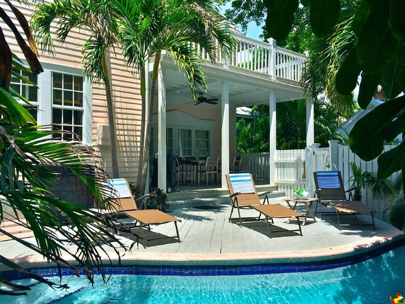 Secret Villa II * Old Town: Beautiful Home w/ Private Pool, 2 blocks to Duval!, Ferienwohnung in Key West
