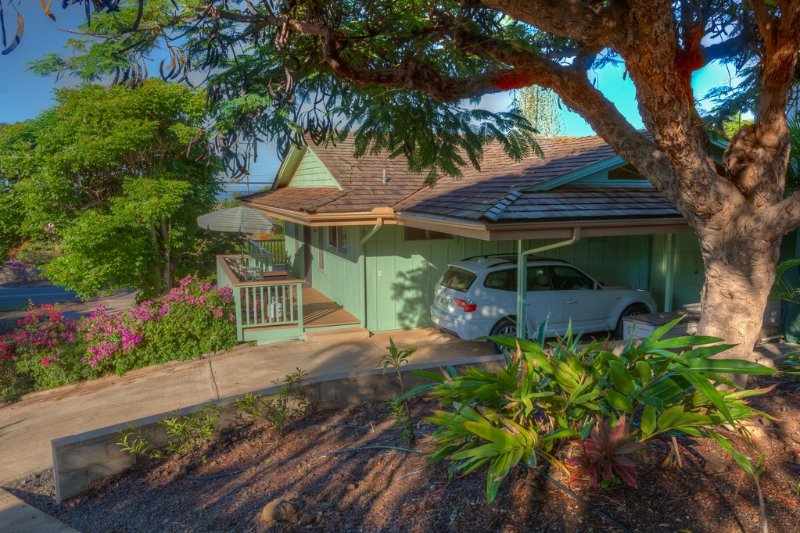 Private Ocean View Cottage Overlooking Wailea, vacation rental in Haleakala National Park