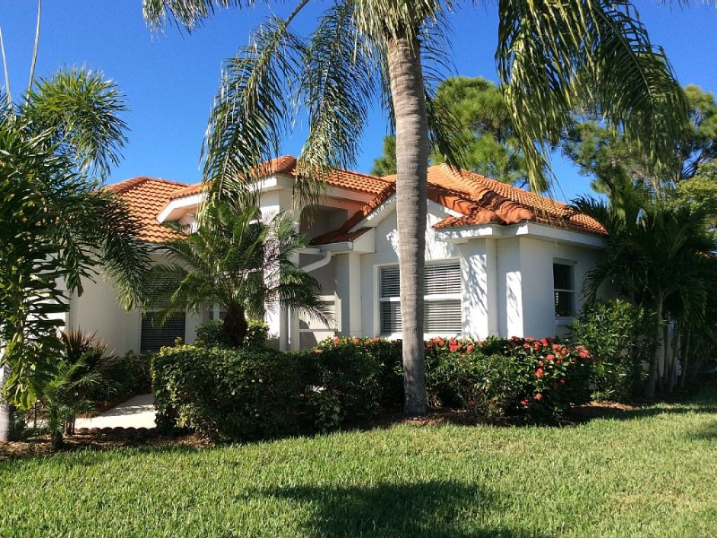 Available summer & fall one week min stay! Dec/Jan too!, vacation rental in Punta Gorda