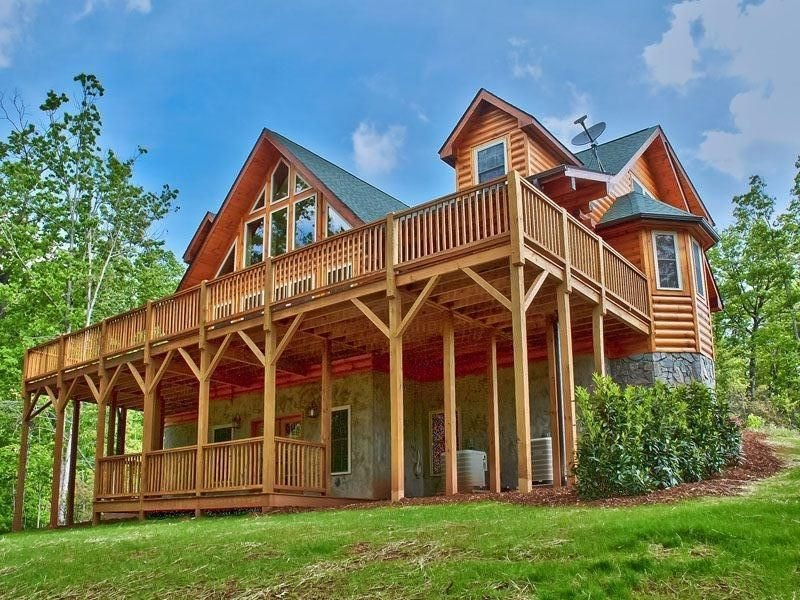 Gorgeous Mountain Log Home 'Wildcat' Lodge, casa vacanza a Old Fort