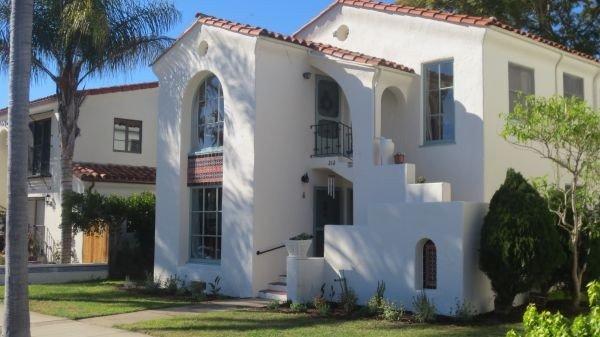 Best Santa Barbara Location - 1 Block From the Beach, 2 Blocks From State St., holiday rental in Santa Barbara