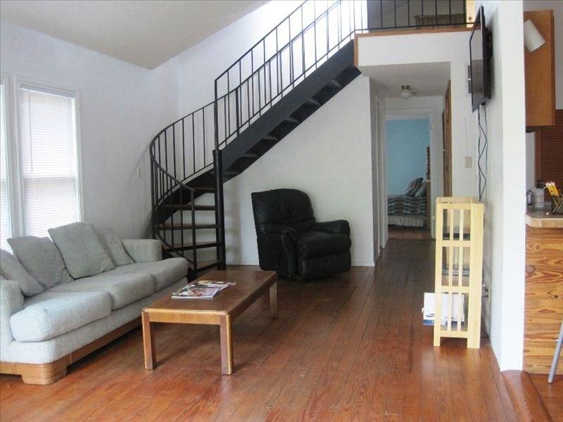 Living Room. View from front door