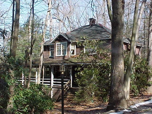 One of the largest porches in Mt Gretna, holiday rental in Mount Joy