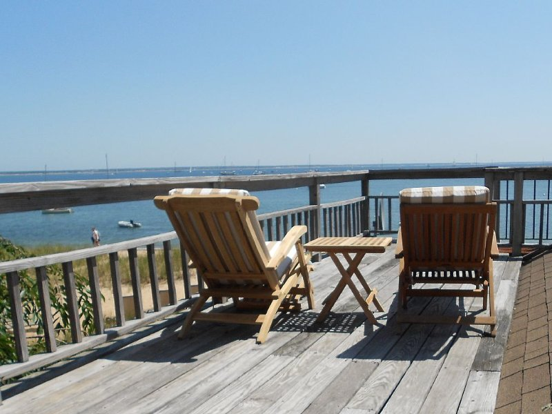 Charming Waterfront Cottage With Parking In Ptown Center, vacation rental in Provincetown