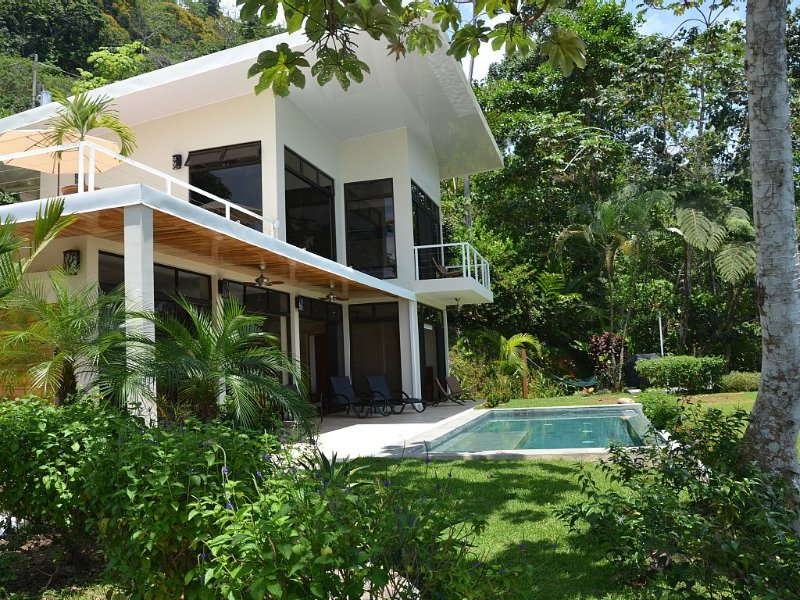 Casa Atrévete - Modern Tropical Luxury in Uvita - Whales Tail, OSA, White Water! – semesterbostad i Uvita