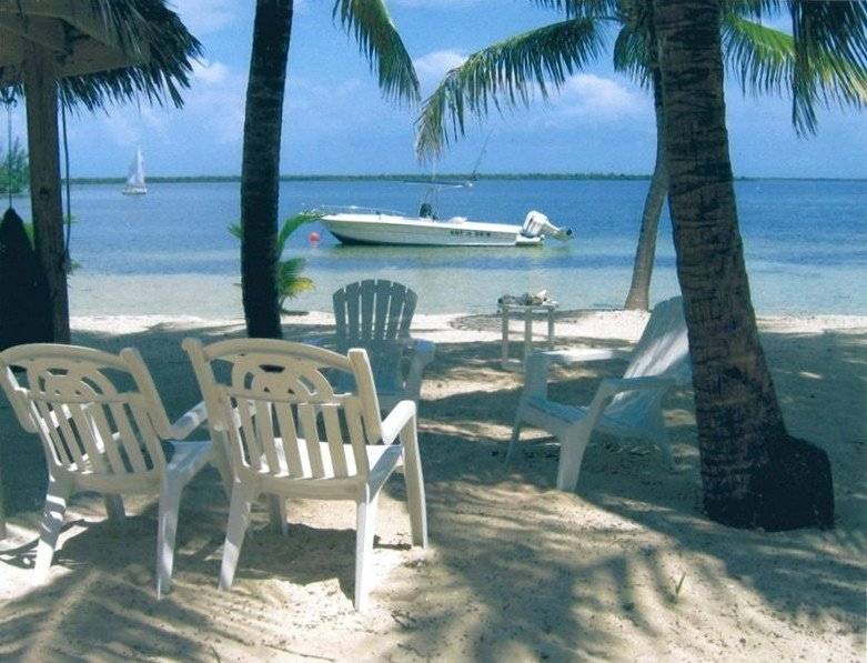 Cayman Condo - a Peaceful Beachfront Getaway, holiday rental in North Side